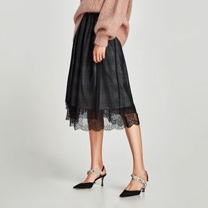Zara Plaid Tulle With Lace Trim Skirt Size M